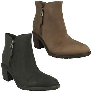 LADIES CLARKS SCENE ZIP CASUAL DRESS STACKED BLOCK HEEL LEATHER ANKLE BOOTS SIZE