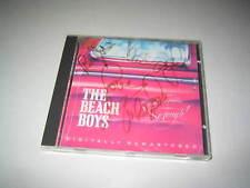 CARL WILSON MIKE LOVE AL JARDINE BRUCE JOHNSTON BEACH BOYS SIGNED CD COVER (514)