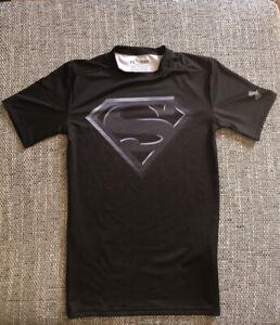 Under Armour Heatgear Compressiom Shirt Superman Marvel DC Schwarz Größe M
