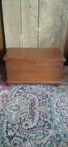 """Antique Early Country Primitive 19th C PA Mini Wood Blanket Chest Heart Lock 12"""""""