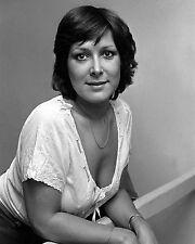 "Lynda Bellingham 10"" x 8"" Photograph no 3"
