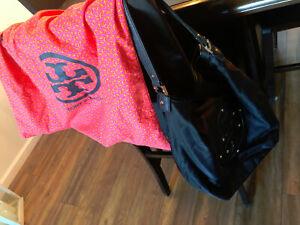 TORY BURCH Black Nylon Stacked Logo Hobo Shoulder Hand Bag & Dust Cover