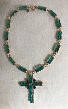 DeLILLO green large baguette stones cross necklace~GREAT~SIGNED~VINTAGE~T9