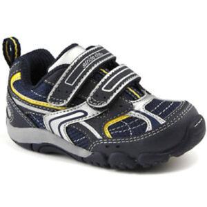 New STRIDE RITE Athletic Shoes Ellete Navy Blue 4W LAST PAIR