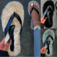 Sexy Füße Flip Flops baumeln