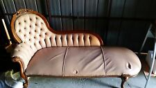 Day Chair / Love Seat
