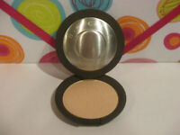 BECCA ~ SHIMMERING SKIN PERFECTOR PRESSED POWDER ~ MOONSTONE ~ 0.28 OZ UNBOXED