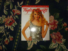 Taylor Swift by Triumph Books Staff (2010, Paperback) biography musician book
