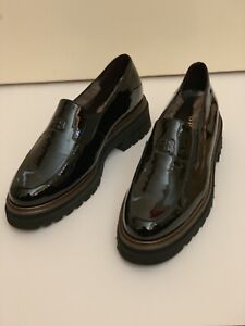 BRUNATE PATENT LEATHER LOAFERS SZ 39 MADE IN ITALY
