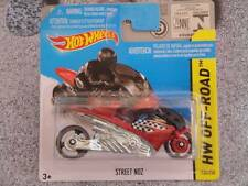 Hot Wheels 2014 #130/250 STREET NOZ rojo y negro