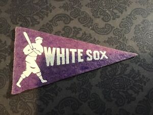 1936 BF3 CHICAGO WHITE SOX MINI PENNANT4.25 X 2.25 INCHES