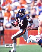 WALTER PAYTON photo in action Chicago Bears HOF #4 (c) 1985 Super Bowl Champs