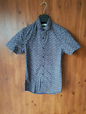 TOPMAN MENS SHIRT Navy Blue Print Slim Fit Short Sleeve XS - NEW
