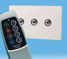 V-Pro Ir, 3 Gang Remoto/Toque Dimmer LED, control remoto de escena sin tornillos Premium Blanco Y