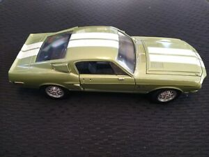Junkyard parts 68' Ford Shelby GT500 White Stripes 1968 1/18 miss mirror/ rear