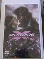 Mr. & Mrs. X #1 LUCIO PARRILLO VARIANT COVER gambit rogue romantic cover rare