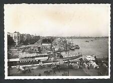 Rotterdam uit vervlogen jaren. No 42 Oosterkade met Nijm. boot (beschadigd)