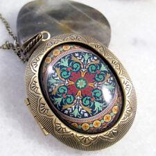 Victorian Pattern Vintage Brass Bronze Big Oval Picture Locket Pendant Necklace