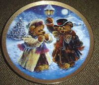Under the Mistletoe By Stewart Sherwood Bradford Exchange Porcelain Plate