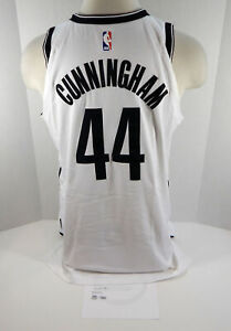 2017-18 Brooklyn Nets Dante Cunningham #44 Game Used White Jersey vs CHA 22 pt 3