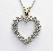 848b380323c5 Diamante Abierto Collar con Corazón 2 Colores Oro 30 Redondos .25ct