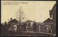 POSTCARD  THE TEXAS GATE Erected by MASONS PATRIOTIC SOCIETY OF TEXAS Railroad