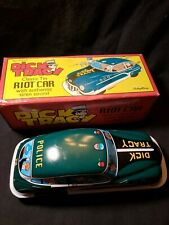DICK TRACY Classic Tin Riot Car with Siren Sound Schylling New in Box 2002