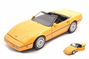 Model Car Scale 1:24 Chevrolet Corvette 1986 Yellow diecast vehicles