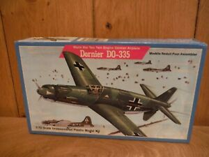 Lindberg 471 Dornier DO-335 1/72 Model kit (B181)
