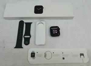 Apple Watch Series SE 44mm Space Gray Aluminum (GPS+Cellular) MYER2LL/A