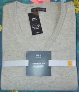 LADIES M&S COLLECTION LAMBSWOOL RICH V NECK JUMPER TOP SIZE 24 LIGHT GREY - BNWT