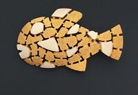 Vintage tropical figural fish pin/brooch in gold   tone metal