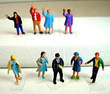 Ho Scale Figures featuring 9 Assorted Passengers - Vguc