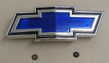 1971-72 Chevrolet truck blue bow-tie grill emblem