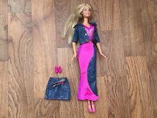 Poupée Barbie + Original Outfits 2000 S RARE