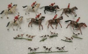 ONE HO SCALE ENGLISH HUNTING PARTY WITH DOGS MAY BE PREISER OR MERTEN