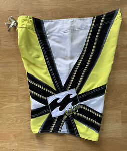 Vintage Men's Yellow Billabong Andy Irons Samurai Surf Board Shorts Rising Sun