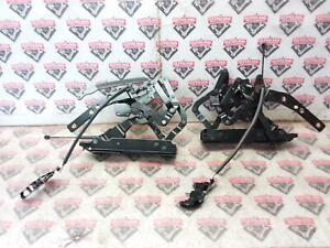 2003-2006 Chevrolet SSR OEM Convertible Roof Top Hinges Left & Right