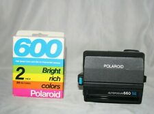 VINTAGE POLAROID 600 LAND CAMERA AUTOFOCUS 660 SE + 2 PACK POLAROID 600 FILM