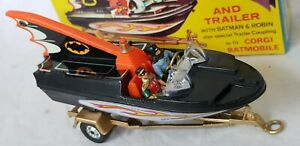 CORGI 107 BATBOAT AND TRAILER..RARE CROSSOVER POINT TIN FIN WITH WHIZZWHEELS...