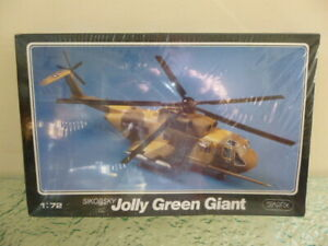 STARFIX SIKORSKY JOLLY GREEN GIANT HELICOPTER MODEL KIT 1/72 #900/02