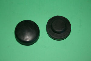 BSA A & B GROUP PETROL FUEL TANK ANTI ROLL MOUNTING RUBBERS A PAIR 42-8052