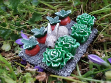 Miniature Dollhouse Fairy Garden Farm ~ Small Garden Rabbit Vegetable Patch New