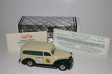 Durham Classics 1/43 Scale 1941 Chevrolet Panel Truck The Sacramento Bee 1/200