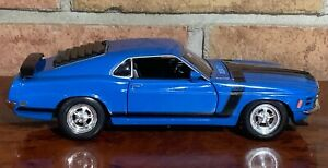 Welly 1970 Ford Mustang Boss 302 1:24 Scale Diecast Model Car BLUE