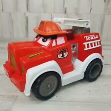 Tonka Hasbro Chuck Fire Truck Firetruck Lights Up Talks Moves 2000 Interactive