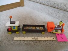 Vintage Fisher Price Pull toy Wood Magnetic Chug Chug Choo Train 3 Piece Lot C