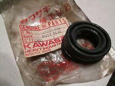 NOS Kawasaki OEM Dust Seal 1974 1975 1976 1977 1978 KZ400 43052-004