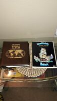 LOT 2 WORLD STAMP ALBUMS, 600+ STAMPS, U.S., FRANCE, CANADA, DENMARK, RUSSIA++