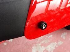 TRIUMPH THRUXTON - SEAT COWL BOLTS LARGE